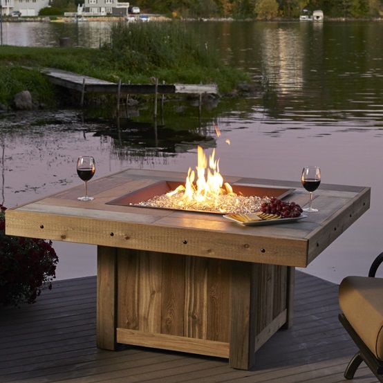 Outdoor Greatroom Vintage Fire